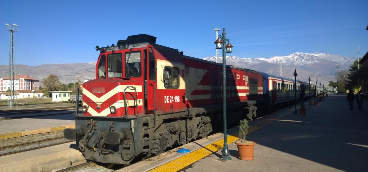 Erzincan Divrigi Train