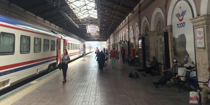 Alsancak Station