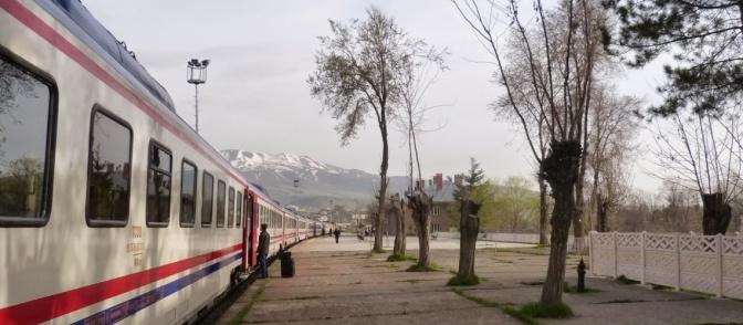 Tatvan to Ankara by train