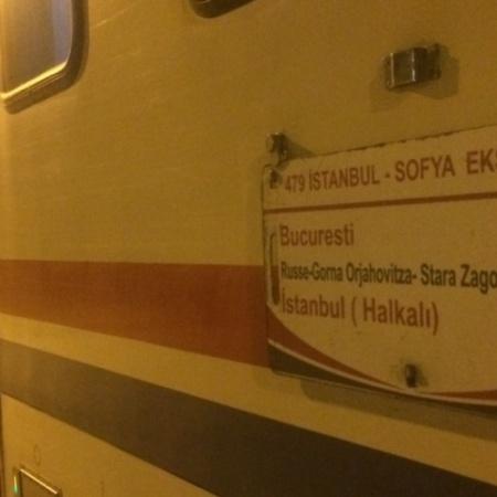 864 - İstanbul Bükreş Treni - Onur